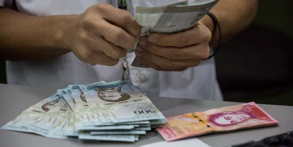 Decretado aumento del salario integral a 200 mil bolívares