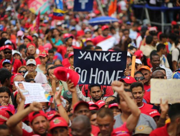 Pueblo revolucionario marcha en apoyo a la paz y Constituyente