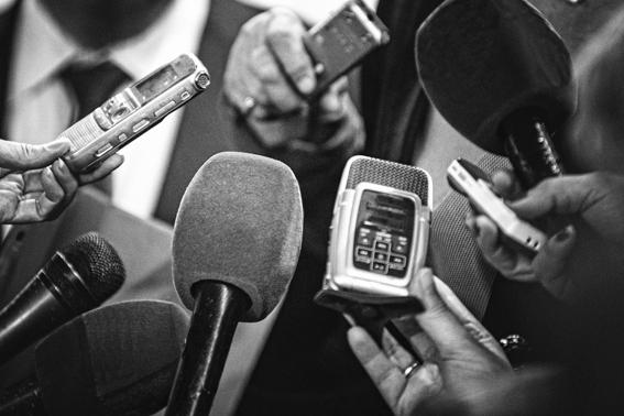 Presidente Maduro exhorta a los periodistas venezolanos a defender la verdad