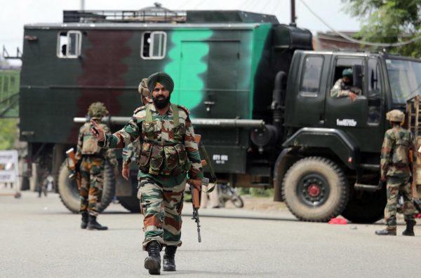 Resultado de imagen de intrusión de tropas fronterizas de India