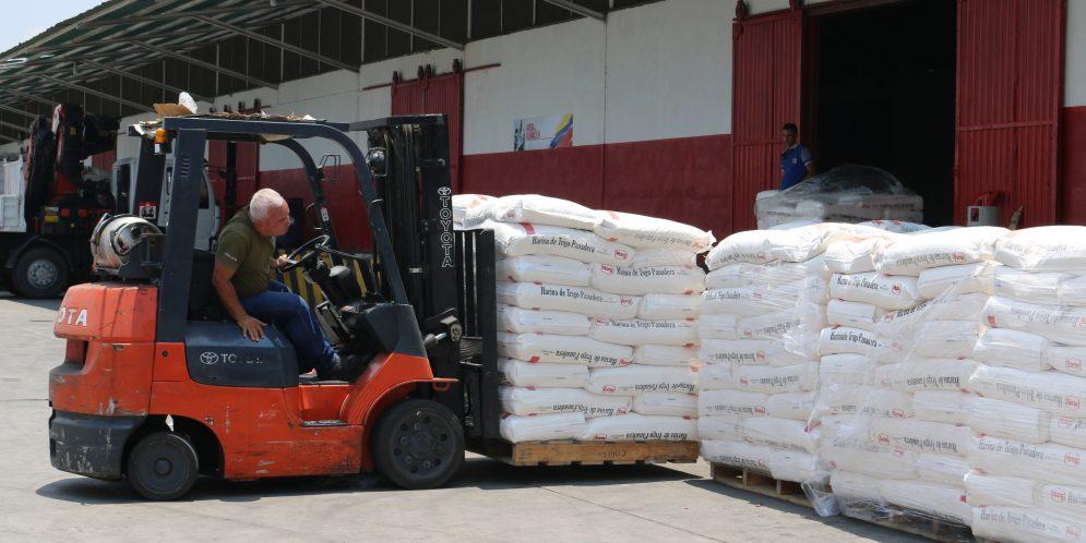 347 panaderías comunales abastecidas con harina de trigo