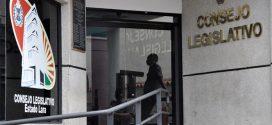 Diputados continúan saldando deudas de Gobernación con sus trabajadores